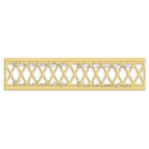 Diamonds Lattice Border