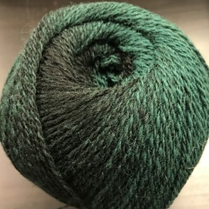 Cassiopeia garn No.7/2, col. 004 (black-green), 150g