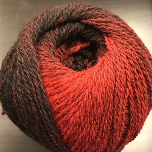 Cassiopeia garn No.7/2, col. 005 (black-red), 150g